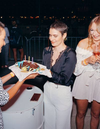 156_NANDINI.international_Kisu_Dankes-Party_KrebspatientinVasilia-Geburtstag